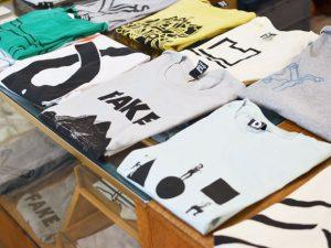 T-shirts / Siebdruck / Plain & Black