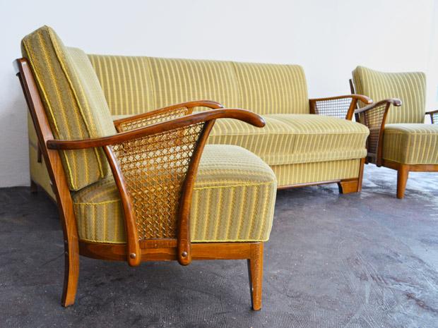 Sofa und 2 Sessel