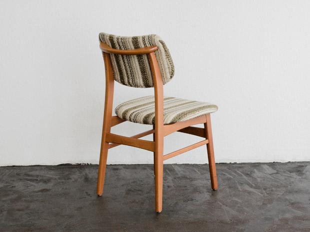 10 Stühle