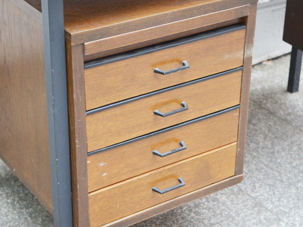 Kleiner Schreibtisch
