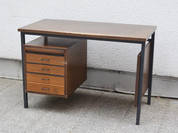 kleiner schreibtisch wedderbruuk. Black Bedroom Furniture Sets. Home Design Ideas