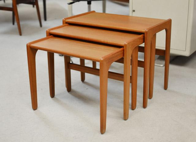 3er Set Satztische / Nesting Tables / Teakholz