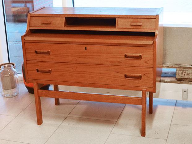sekret r teakholz a wahl iversen dk h 85cm x b 95cm x t 42cm wedderbruuk. Black Bedroom Furniture Sets. Home Design Ideas