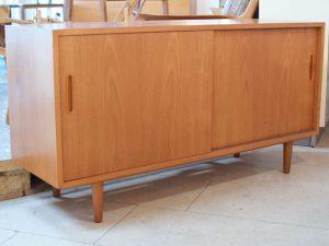 Sideboard / Teak / Poul Hundevad, DK / H 73cm x L 138cm x T 43cm