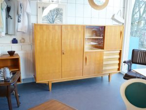 Schrank / Highboard