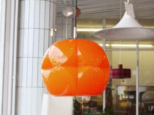 Deckenleuchte / oranges Glas