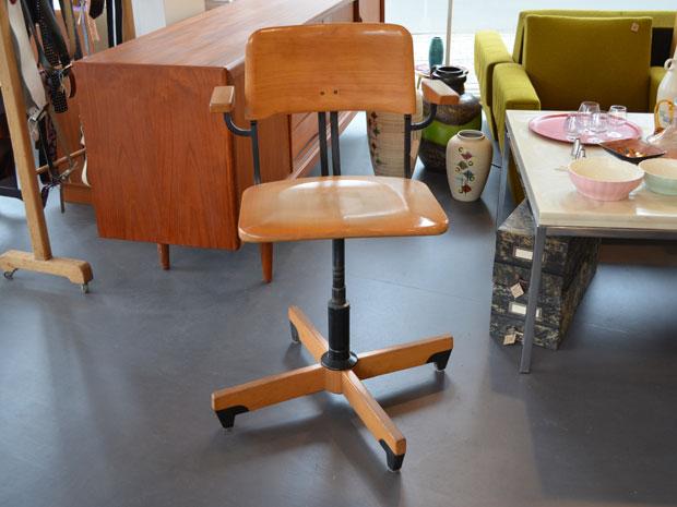 Stoll Arbeitsstuhl / höhenverstellbar