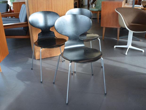 """Stuhl """"Ameise"""" von Arne Jacobsen / Hergestellt von Fritz Hansen"""