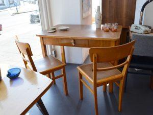 Vier Stühle (Küchentisch verkauft)