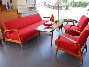 rotes Schlafsofa und zwei Sessel von Carl Straub Goldfeder