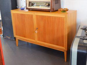 Kleines Sideboard (L 110 cm)