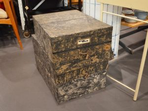 Aufbewahrungsboxen / Pappe, marmoriert kaschiert