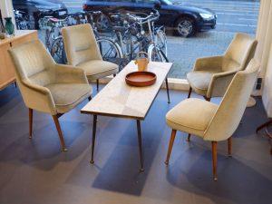 4 Sessel / Mosaiktisch