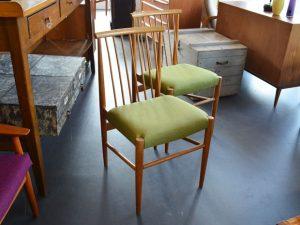 2 Stühle Eiche