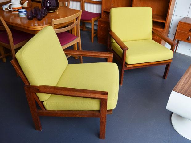 Zwei Teak Sessel »Capella« / Illum Wikkelso für Niels Eilersen / neu bezogen