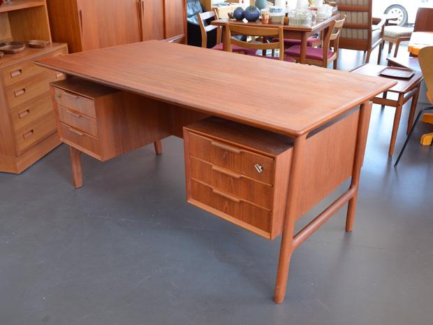 Teak Schreibtisch von Omann Jun