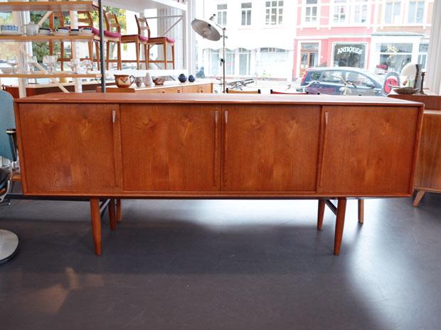 Dänisches Teak Sideboard von 1954