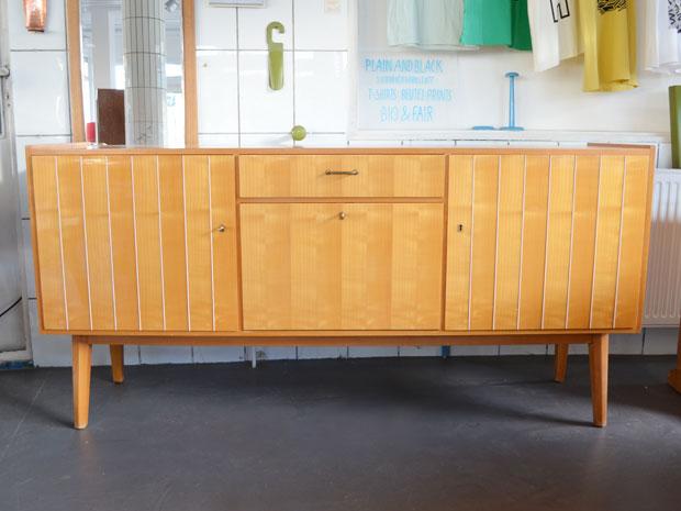 Sideboard Kirsche / Preis: 400 €