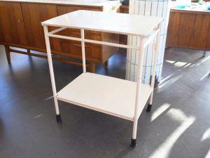 Beistelltisch / Ablagetisch / Holz & Metall / L 69 cm x B 50 cm x H 75 cm