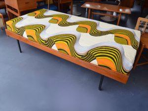 Teak Daybed / Bett / L 190 cm / Preis: 250 €