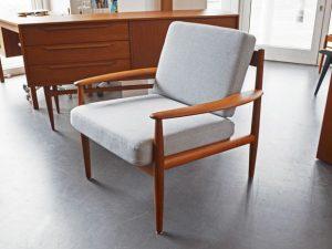 Teak Sessel / Easychair / Grete Jalk für Cado / neu bezogen (Baumwolle)