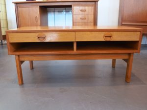 Kleines Sideboard von Thygesen & Sørensen für HG-Furniture, 1960er Dänemark